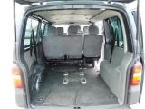 VW Transporter-nákladový prostor-1