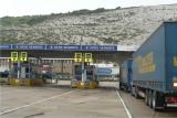 Dover - vjezd do přístavu